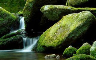 Бесплатные фото река,водопад,струи,камни,валуны,мох