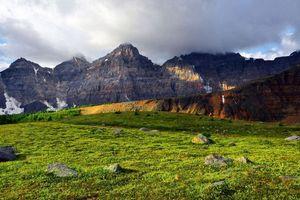 Бесплатные фото горы,холмы,трава,поле,луг,камни,небо