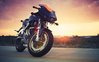 Фото бесплатно мотоцикл, колесо, фары