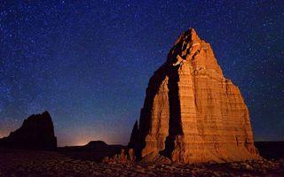 Фото бесплатно ночь, гора, скала, камни, небо, звезды, природа