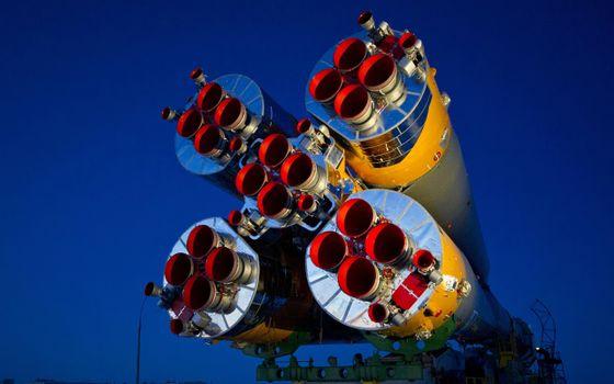 Фото бесплатно ракета, полет в космос, перевозка ракеты
