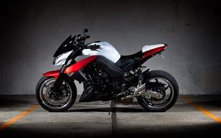 Бесплатные фото мотоцикл, байк, черный, белые и красные, полоски, спортивный, спорт