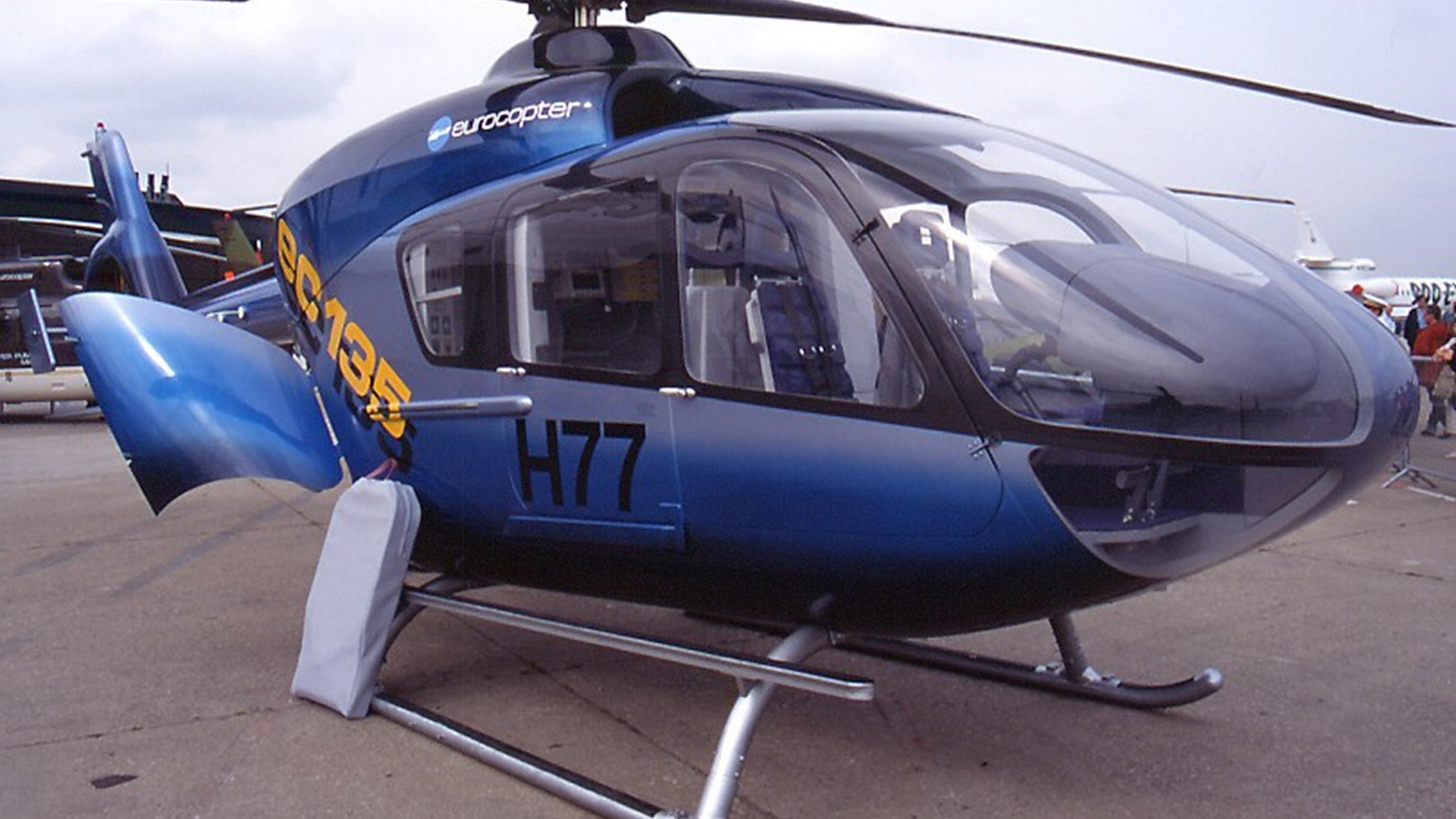 вертолет, кабина, стекло