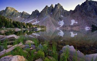 Бесплатные фото озеро,горы,трава,камни,лето,природа
