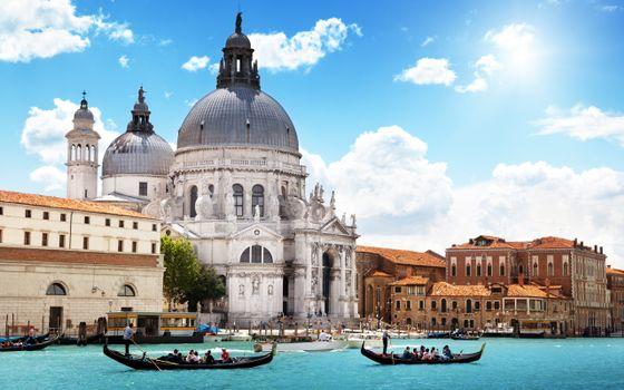Фото бесплатно венеция, река, здание, строение, улица, лодка, весла, люди, небо, облака, солнце, лето