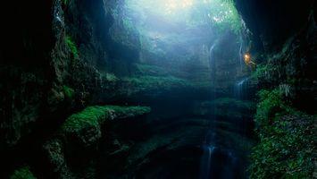 Бесплатные фото водопад, камни, вода, брызги, ущелье, мох, зелень