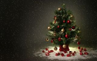 Photo free Christmas tree, New Year s toys, new year