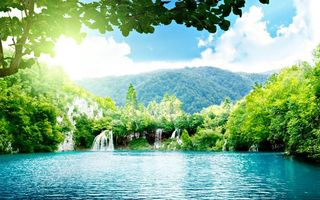 Заставки лесная заводь, чудное, место, водопад, горы, холмы, солнце, лучи, пейзажи