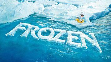 Бесплатные фото frozen,холодное сердце,снеговик,лед,океан,надпись,постер