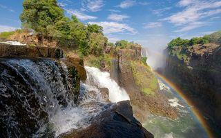 Бесплатные фото каньон,водопад,радуга,деревья,брызги,река,пейзажи