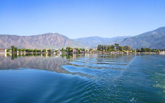 Фото бесплатно озеро, волна, дома