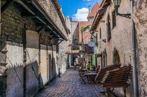 Бесплатные фото Таллинн,Эстония,старый город,город,улица,фонари