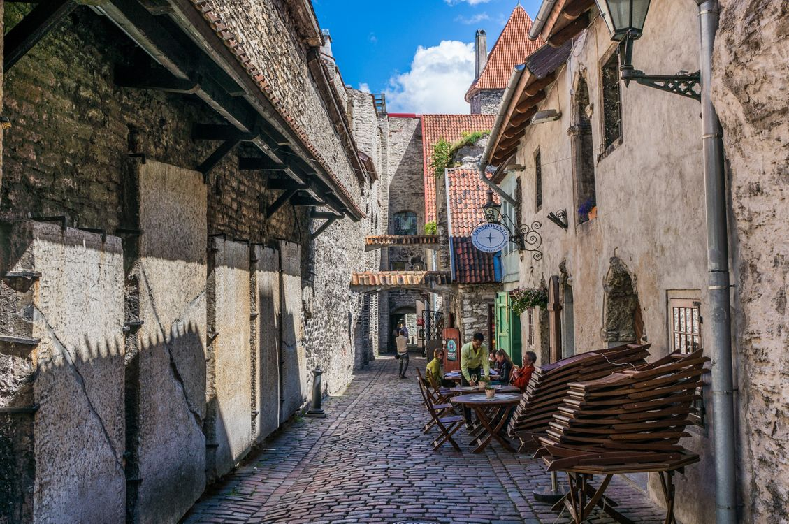 Photos for free Tallinn, Estonia, old city - to the desktop
