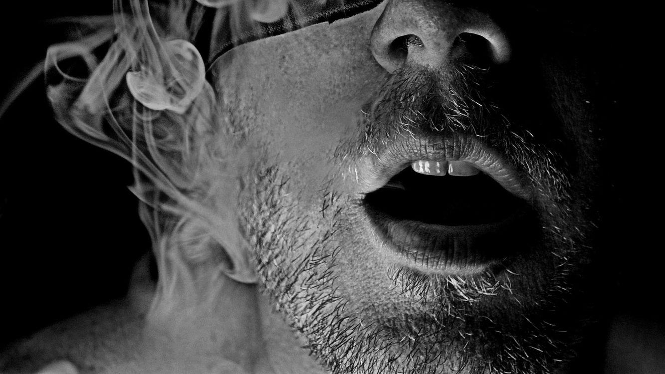 Фото бесплатно лицо, дым, губы - на рабочий стол