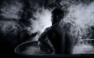 Бесплатные фото парень,баня,пар,ванна,голый,мыться,волосы