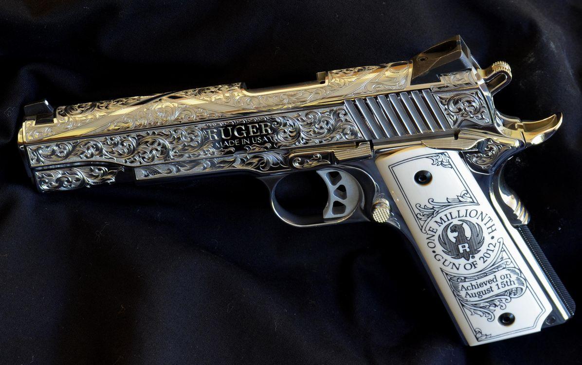 Обои ruger, пистолет, гравировка, оружие на телефон | картинки оружие