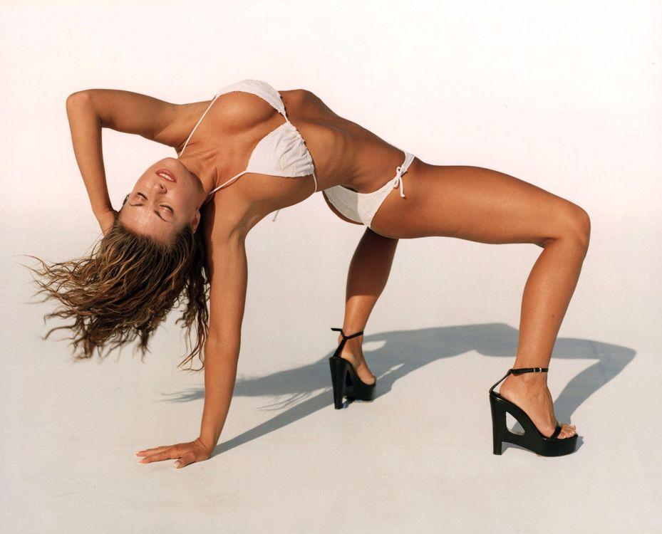 Фото бесплатно contortionist, thin, babe, swimsuit, эротика, эротика