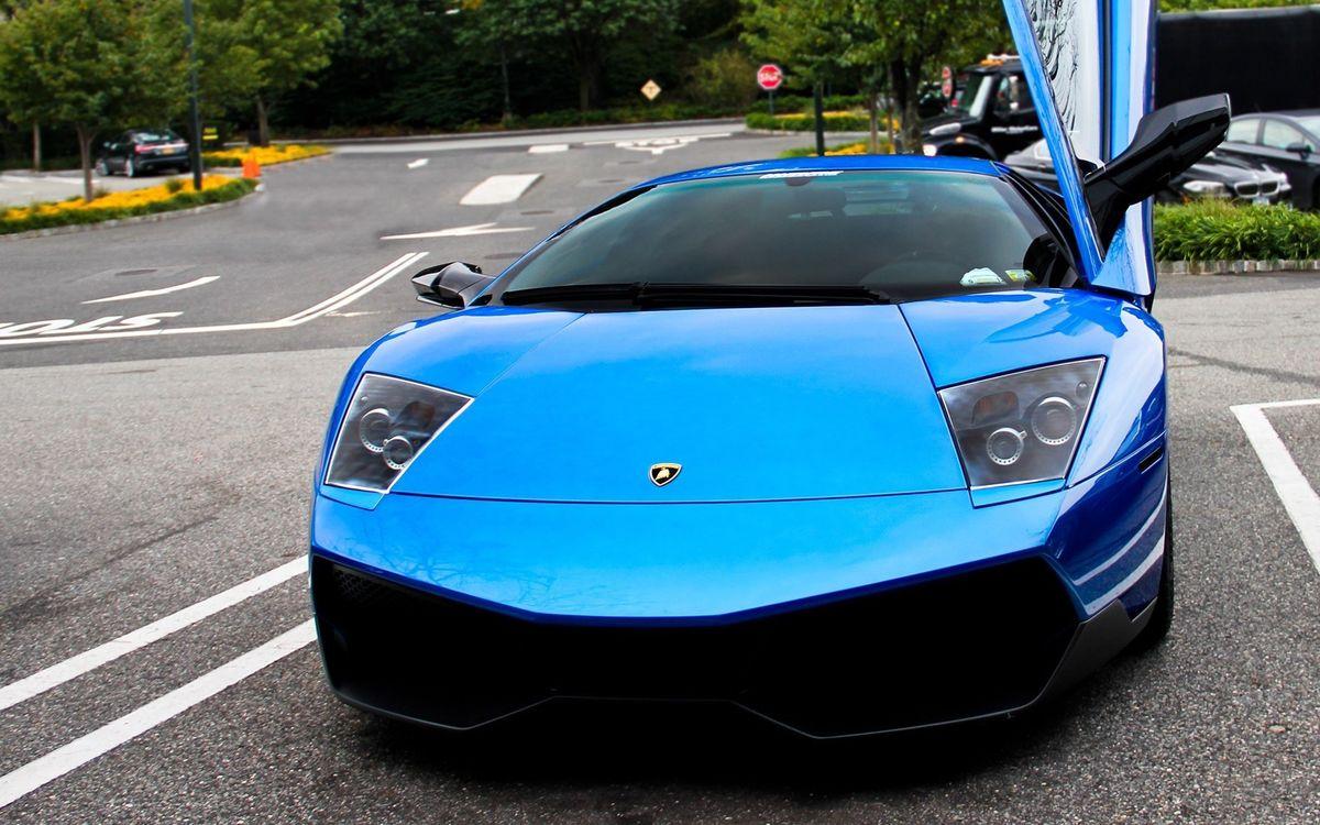 Фото бесплатно lamborghini, синий, металик, дверь, парковка, машины, машины - скачать на рабочий стол