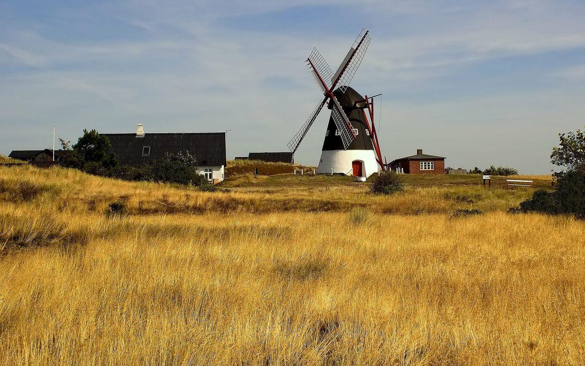Фото бесплатно поле, дома, сарай, ферма, мельница, деревня, пейзажи, пейзажи