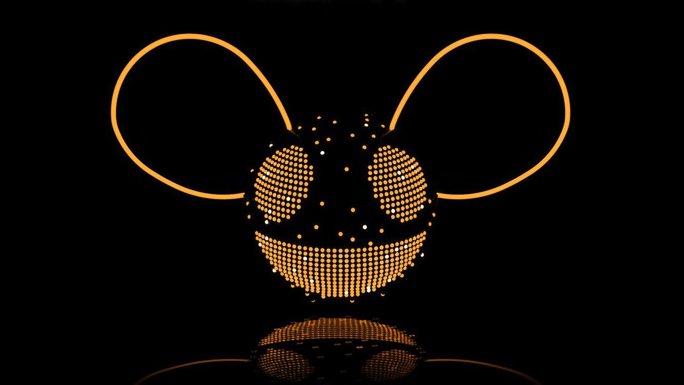 Обои шар, круг, свет, уши, глаза, голова, улыбка, смайл, фон, черный, 3d графика на телефон | картинки 3d графика
