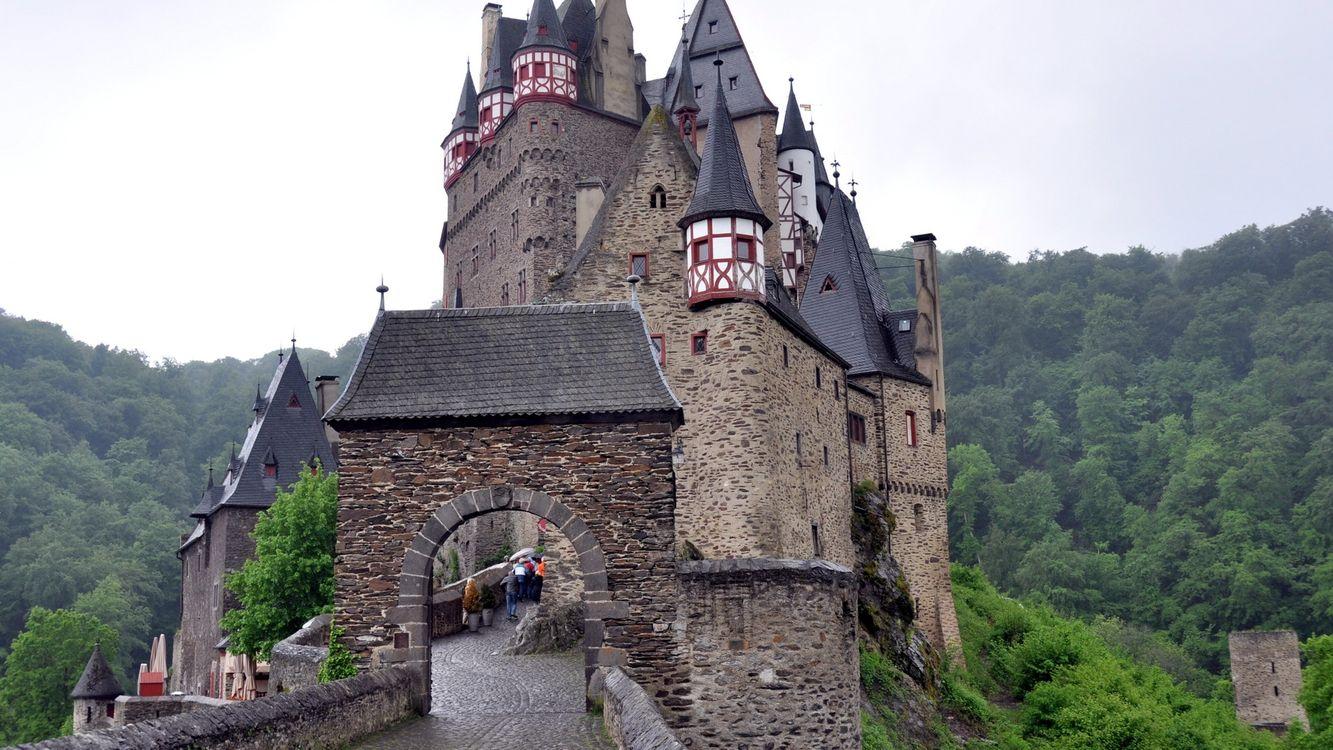Фото бесплатно замок, мост, лес, деревья, небо, башня, город, город