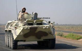 Бесплатные фото бтр,колеса,пулемет,антенна,люки,солдат,оружие