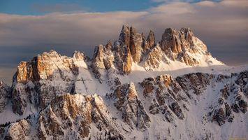 Бесплатные фото горы,снег,небо,голубое,облака,скалы,природа
