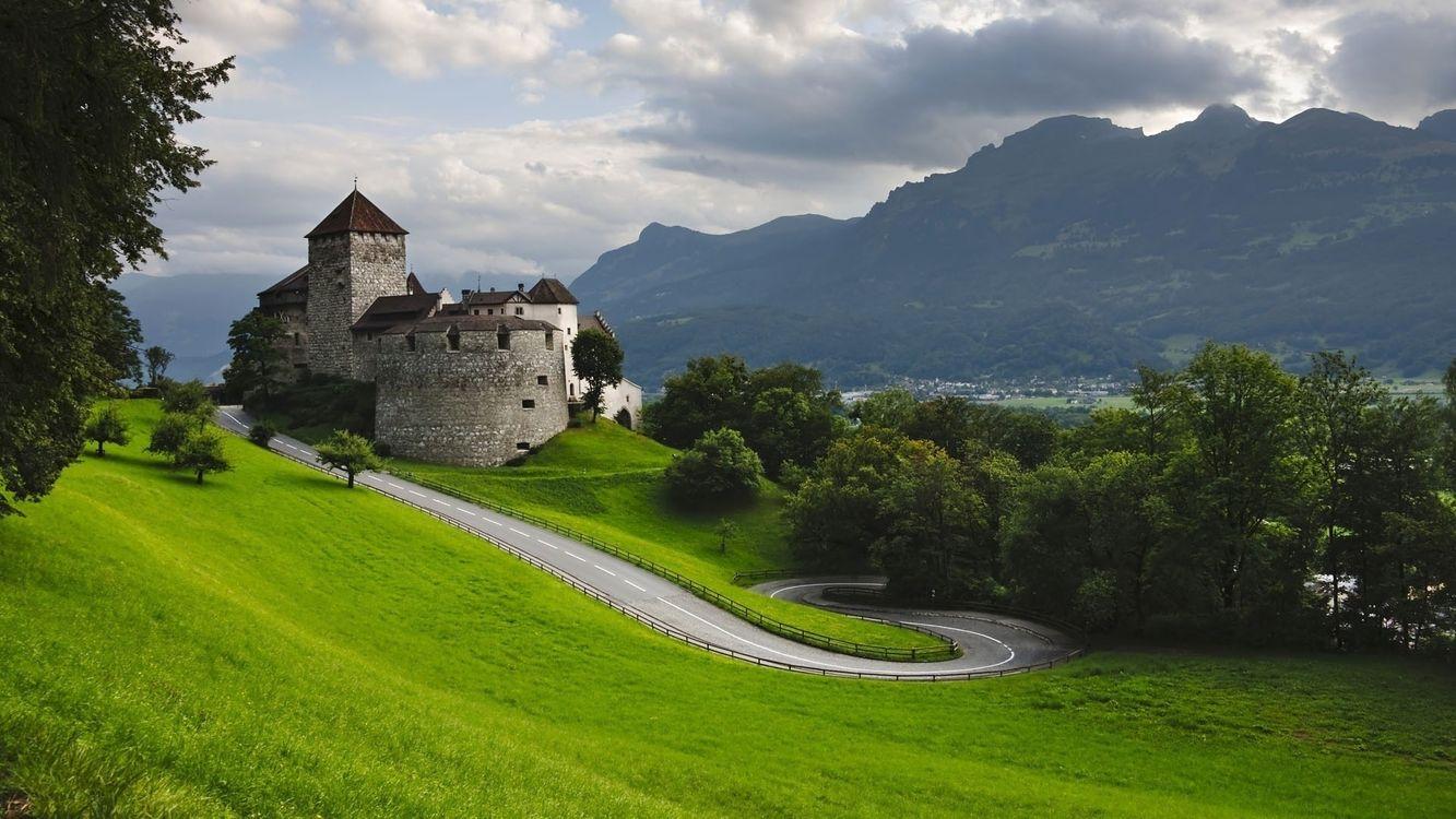 Фото бесплатно замок, камень, дорога, трава, деревья, горы, пейзажи, пейзажи - скачать на рабочий стол