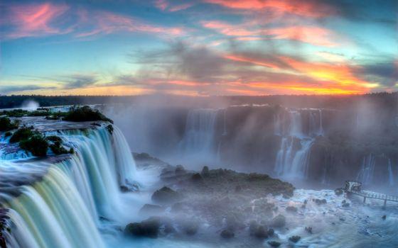 Фото бесплатно водопад, закат, мостик