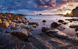 Бесплатные фото берег,море,камни,валуны,скала,солнце,небо