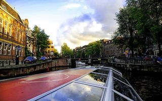 Бесплатные фото дома,автомобили,река,мост,небо,тучи,дорога