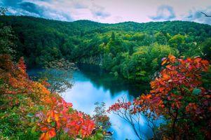 Заставки осень, лес, озеро, деревья, водопады, пейзажи