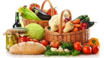 Бесплатные фото овощи,огурцы,банка,батон,хлеб,капуста,помидоры