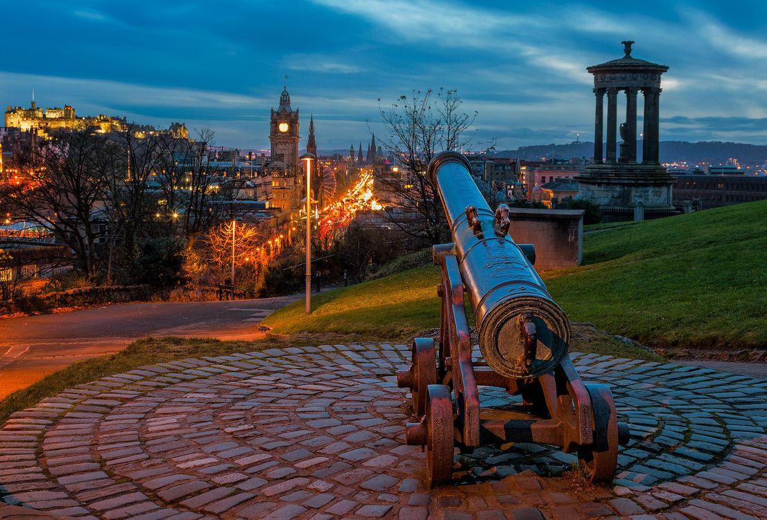 Free photo Scotland, Balmoral Hotel, Edinburgh Castle - to desktop