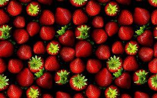 Бесплатные фото ягода,клубника,красная,хвостики,зеленые,заставка,еда