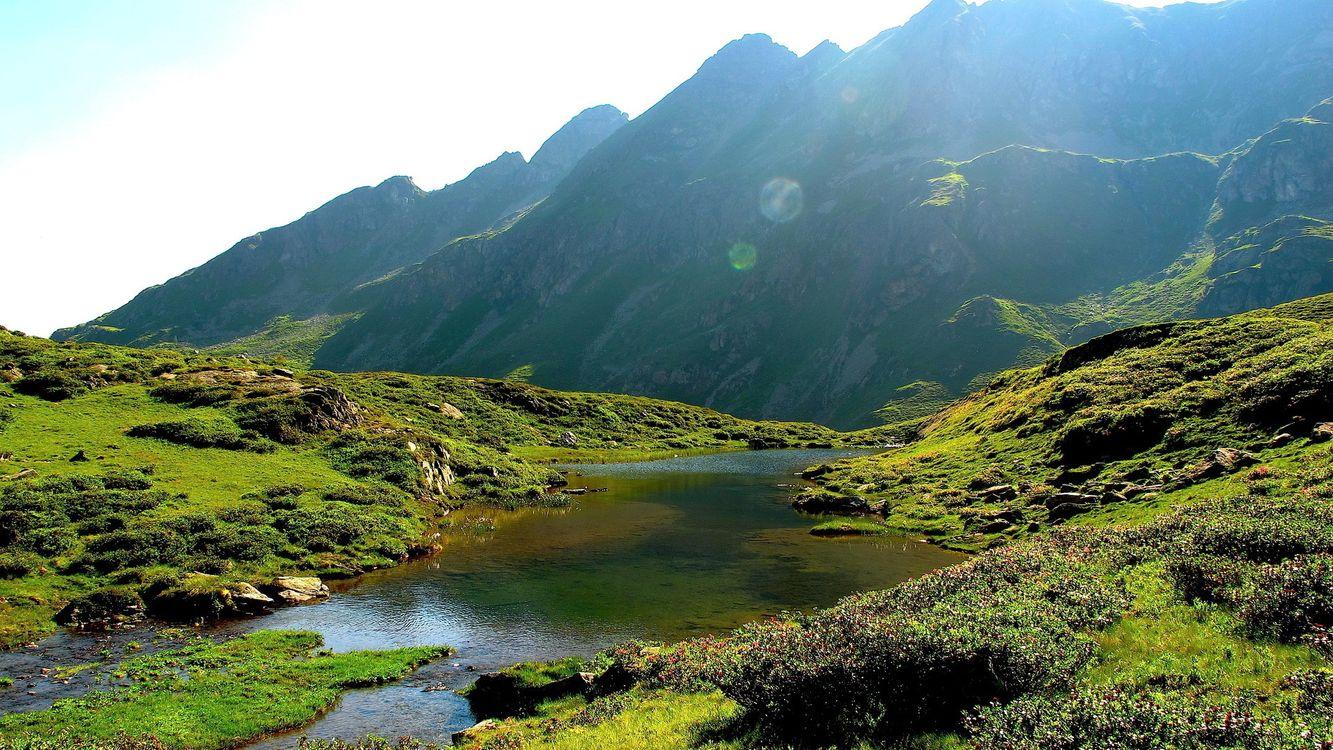 Фото бесплатно река, вода, трава, зеленая, горы, небо, природа, природа