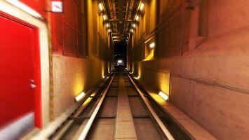 Бесплатные фото тоннель, рельсы, стены, бетон, дверь, фонари, разное