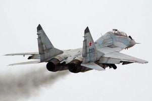 Бесплатные фото взлёт,истребитель,миг-29уб