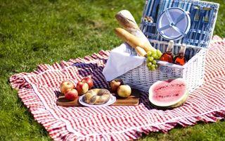 Фото бесплатно арбуз, виноград, батон