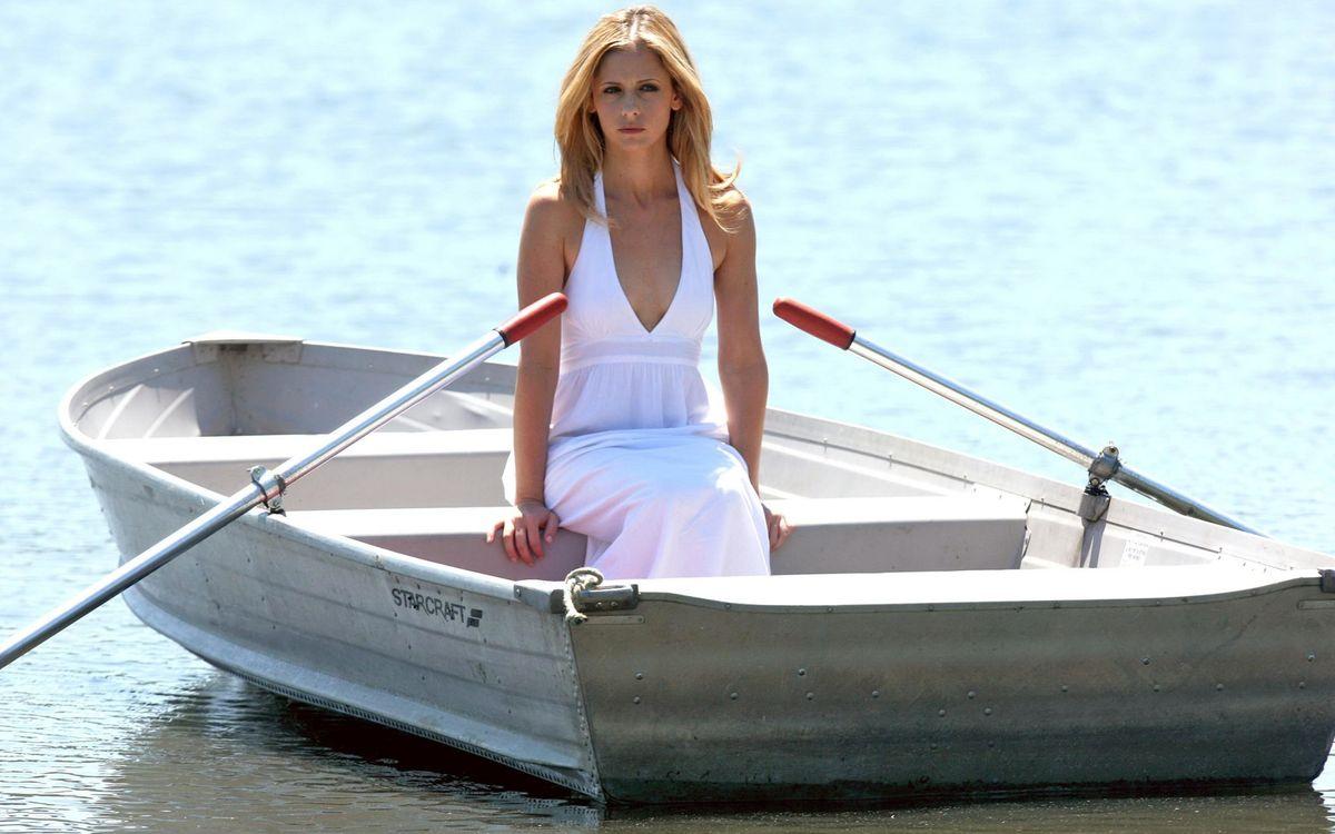 Фото бесплатно девушка в лодке, платье, белое - на рабочий стол