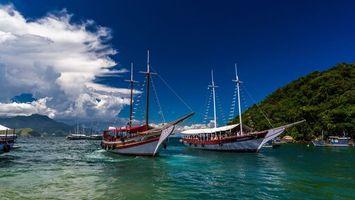 Бесплатные фото море,вода,корабли,деревья,горы,берег,природа