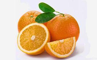 Бесплатные фото апельсин,дольки,цитрус,листья,зеленые,фон,белый
