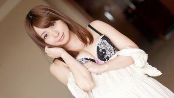 Бесплатные фото азиатка,глаза,губы,плечи,белье,платье,белое