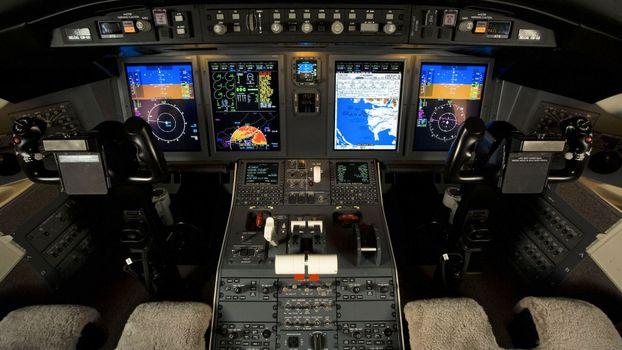 Photo free civil aviation, cockpit, pilot