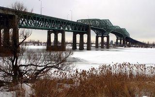 Бесплатные фото мост,конструкция,металл,сваи,река,лед,растительность