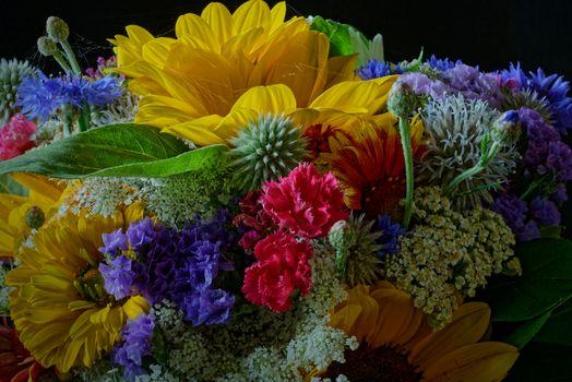 Телефон на флора, букет качественные обои