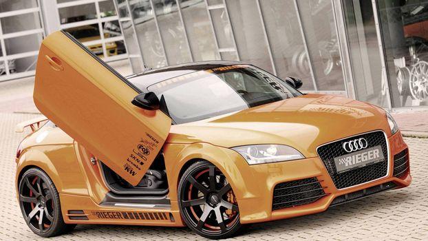Фото бесплатно золотая Audi, quattro, ламбо двери