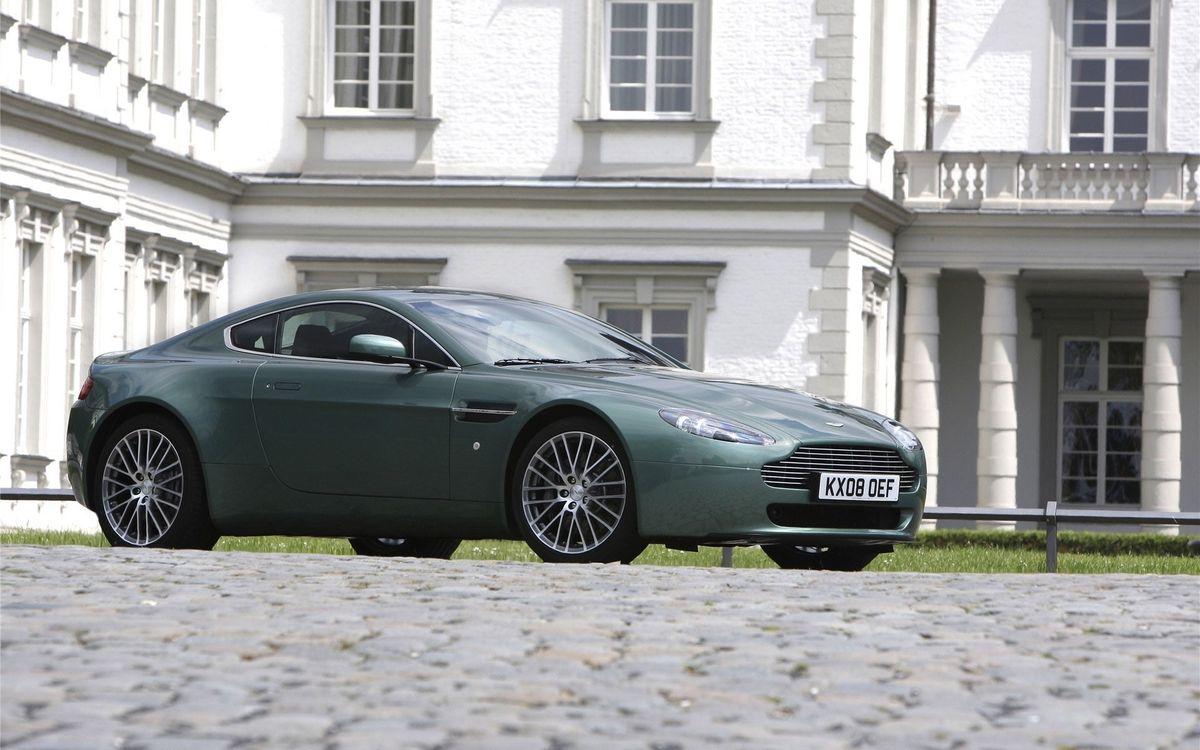 Фото бесплатно решетка, фонари, Aston Martin - на рабочий стол