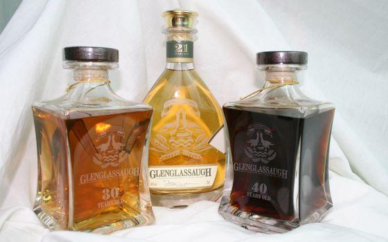 Photo free whiskey, glenglassaugh, bottles