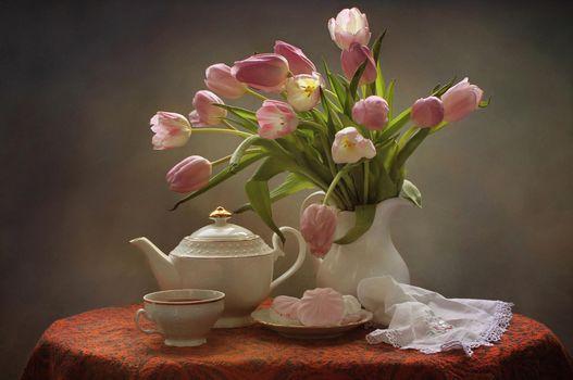 Бесплатные фото тюльпаны,букет,чай,зефир,натюрморт,чайник